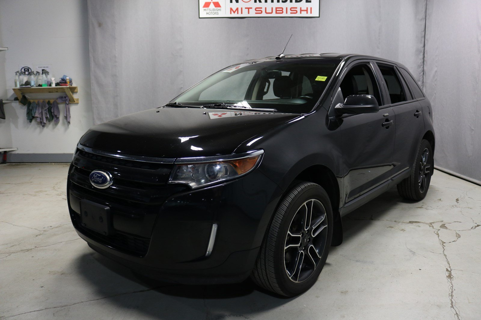 Pre Owned  Ford Edge Awd Sel Navigation Gps Leather Heated