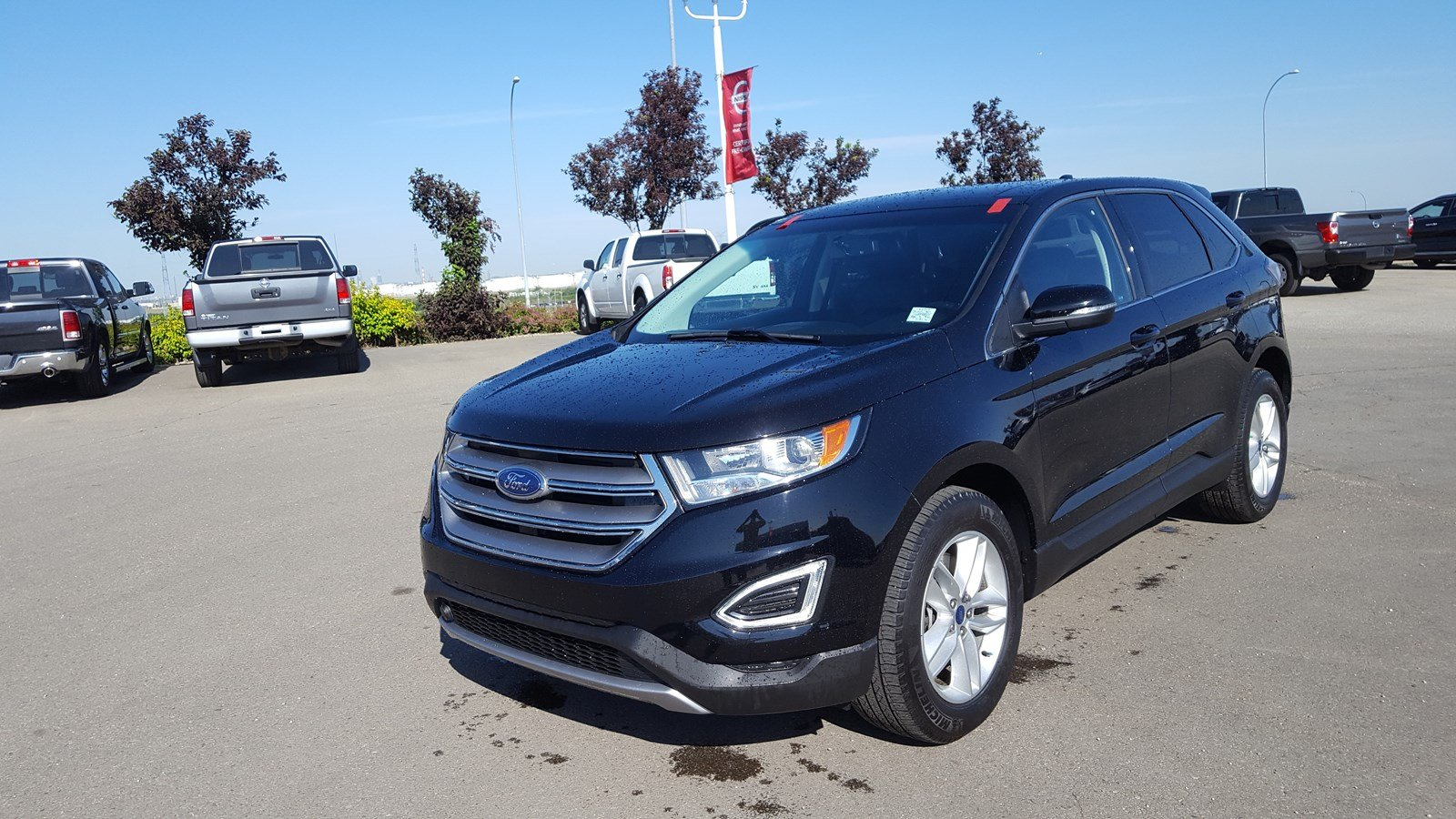 Pre Owned  Ford Edge Awd Sel Accident Free Leather Heated Seats