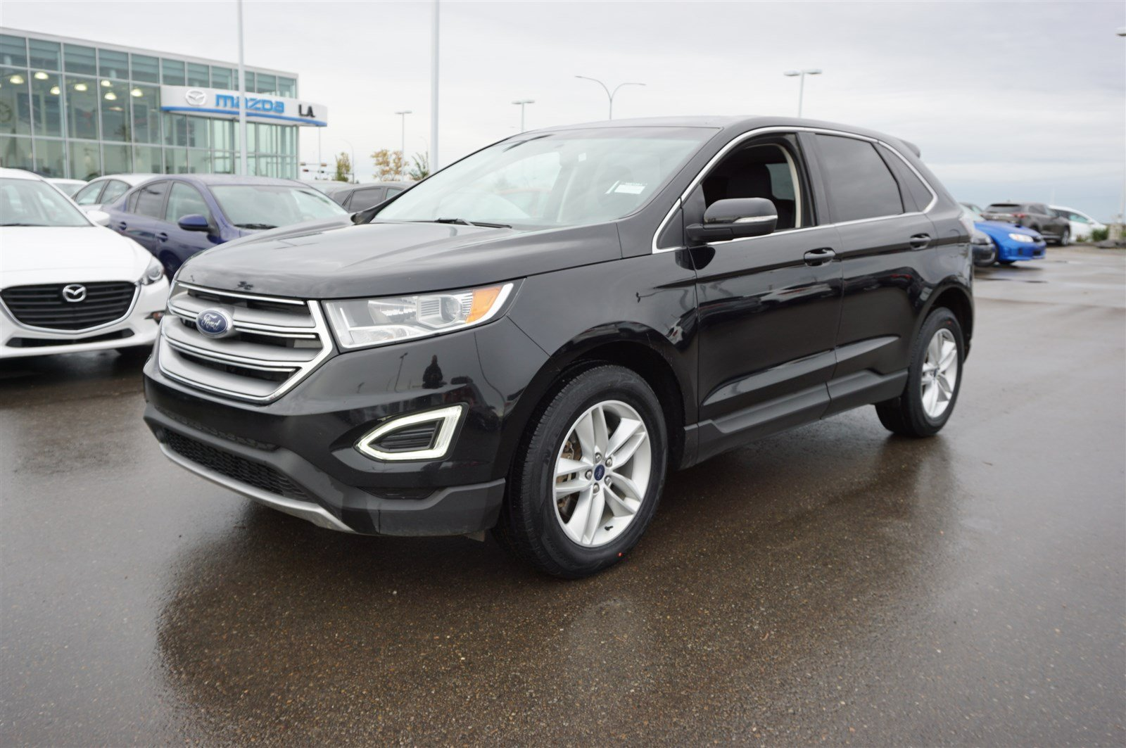 Pre Owned  Ford Edge Awd Sel Accident Free Navigation Gps