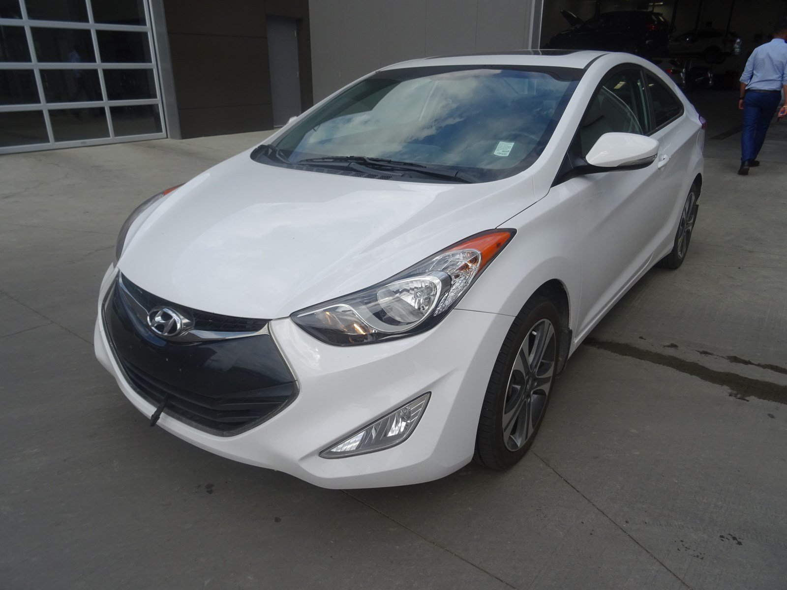 Pre Owned 2013 Hyundai Elantra Coupe LIMITED COUPE Navigation (GPS),  Leather, Heated Seats, Sunroof, A/C,   Edmonton